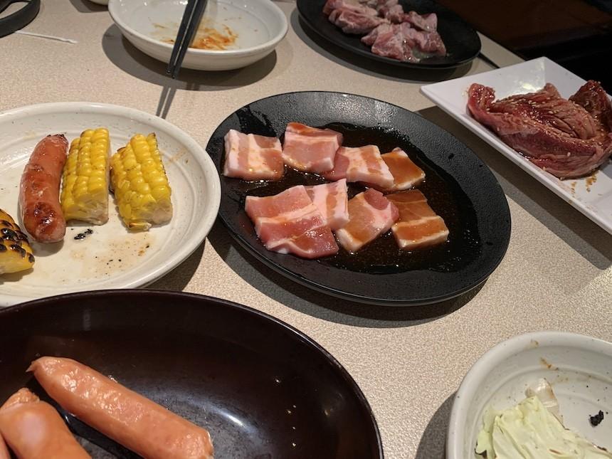 お席で注文 焼肉食べ放題の焼肉きんぐ瀬戸店